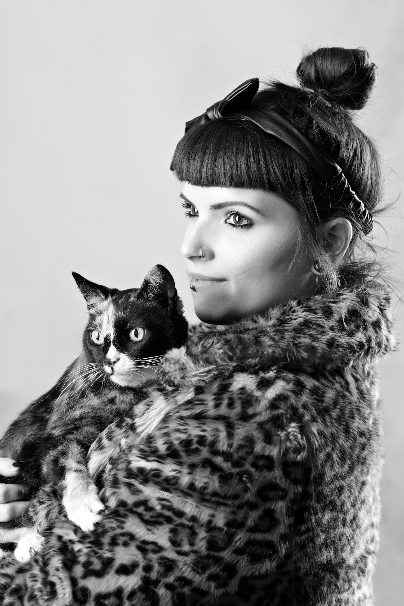 Rebecca and 16year old cat Daisy A week with Joe Laws Photography